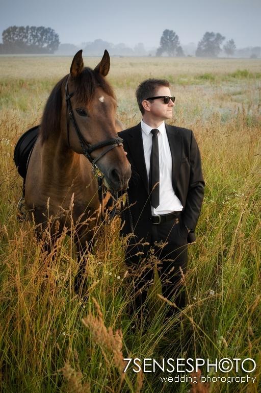 7sensesphoto sesja slubna plener konie 12