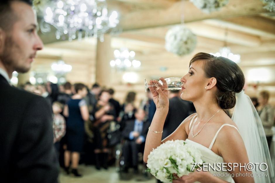7SENSESPHOTO wesele swietokrzyski dwor 49