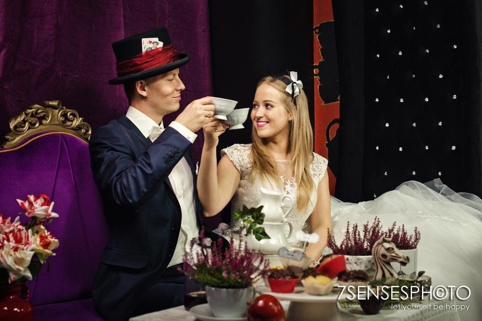 7SENSESPHOTO Alicja w Krainie Czarow sesja slub 23