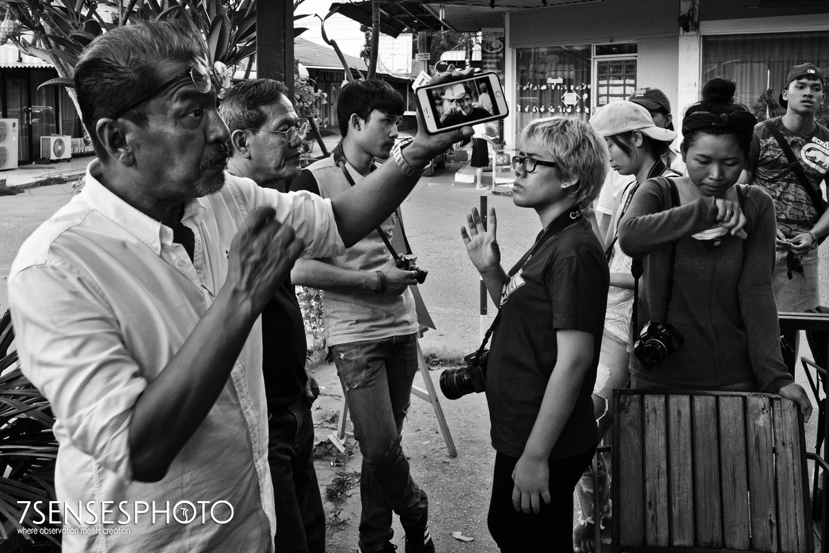 photography workshop Thailand Khon Kaen Jolanta Maciej Meru Adamczewski street portrait Leica