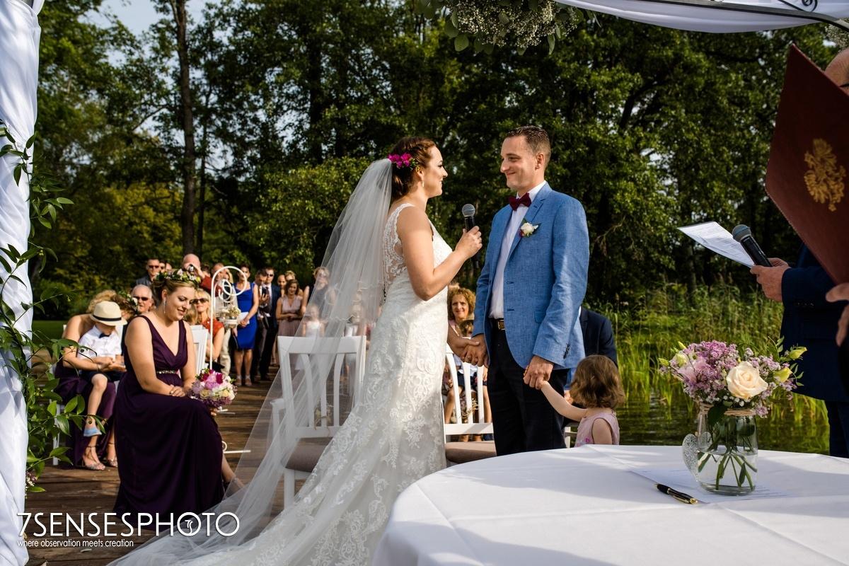 wyjątkowy ślub fotografia 7SENSESPHOTO Hotel Jablon Lake Resort Pisz Mazury nad jeziorem
