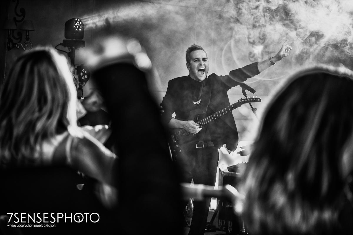 Rewelacyjny zespół SaxAndSix to muzyka wyłącznie na żywo energia czad wysoki poziom artystyczny