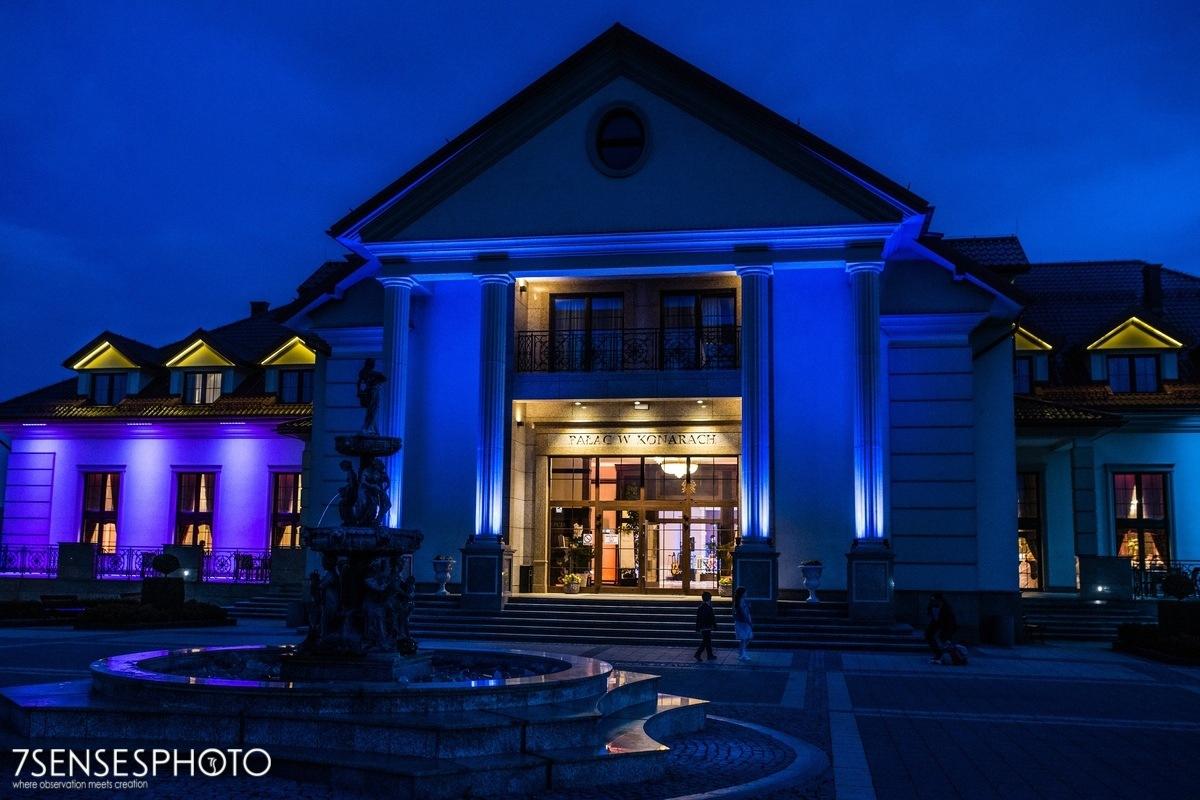 fotografia ślubna Pałac w Konarach dworek pod Kielcami