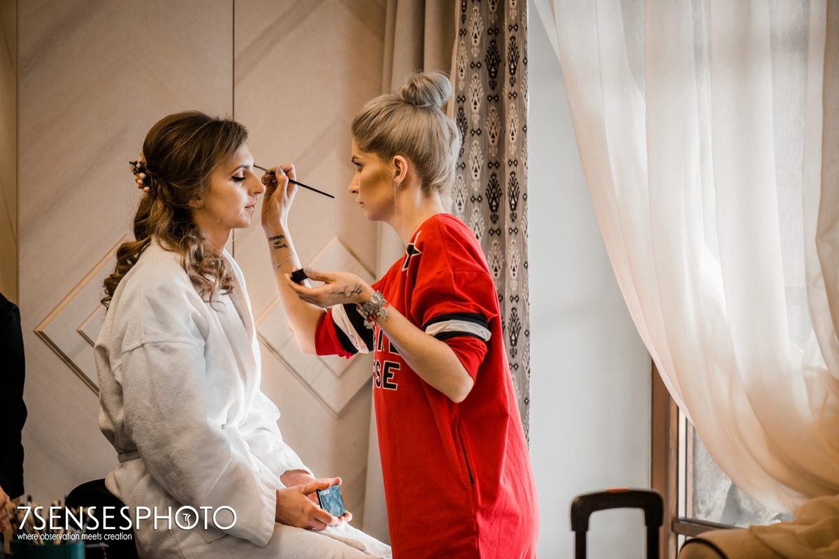 wedding Bride getting ready Zakopane Aries hotel Zaruskiego 5