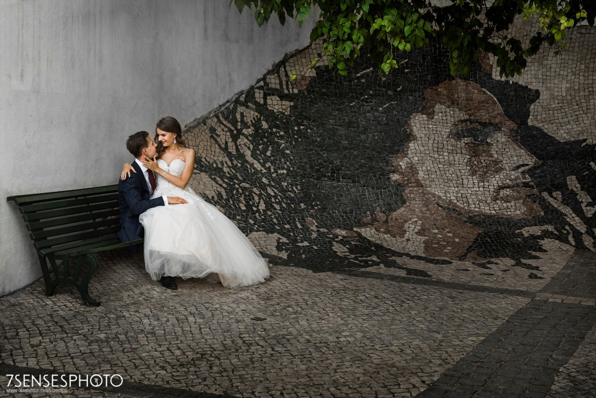 Romantyczna, piękna sesja ślubna w Lizbonie, Portugalia, Alfama dzielnica
