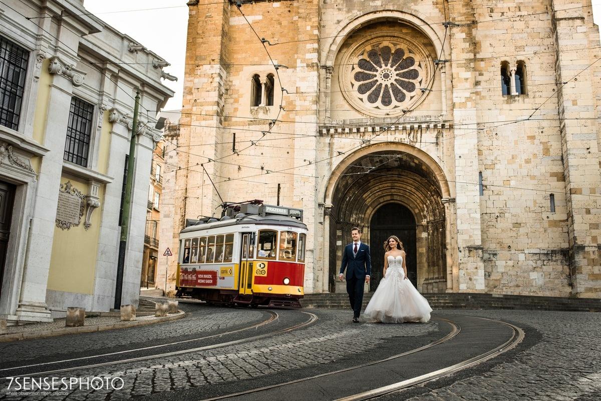 Sesja ślubna w Lizbonie, Portugalia, tramwaj 28, Katedra Se, Alfama